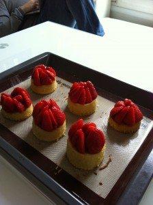 Tartelettes amandine aux fraises dans recettes sucrées photo4-e1332150752975-224x300